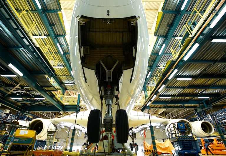 Airbus A380 cambio tren aterrizaje Emirates
