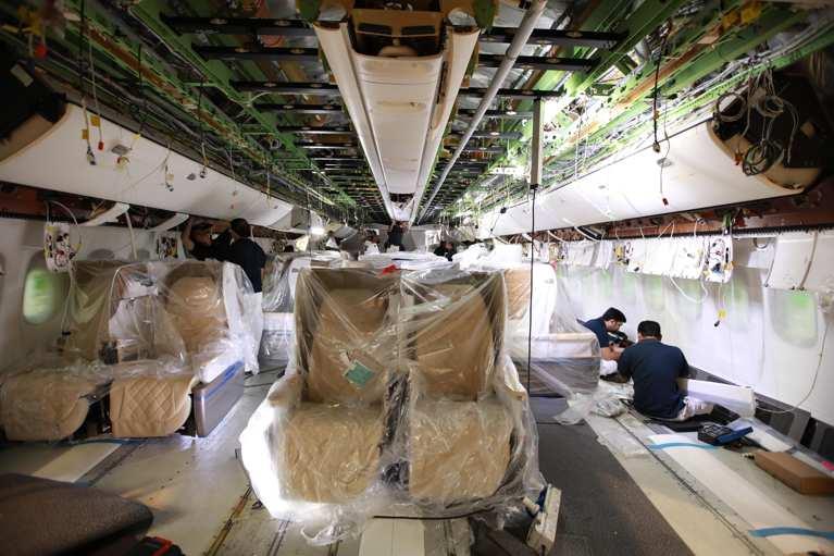emirates boeing 777 reconfiguracion interior cabina 1